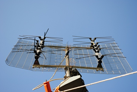 Worms Eye View of Bow Tie TV Antenna with Tiewrap repairs.