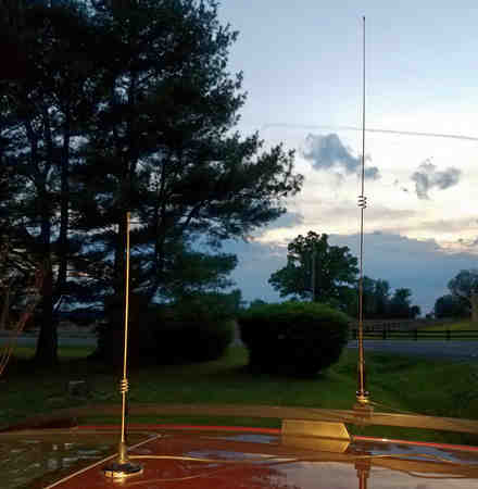 Diamond collinear dual band and Comet dual band mag mount antennas.
